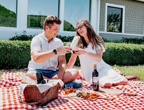Picnics in the Valley at Signatures- Now offering Kids Baskets!